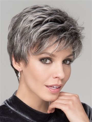 Spring Hi Wig by Ellen Wille: a natural lace front hairline allowing you the option to style off the face. The mono crown creates a natural hair growth pattern and allows you to keep the volume needed all day long.