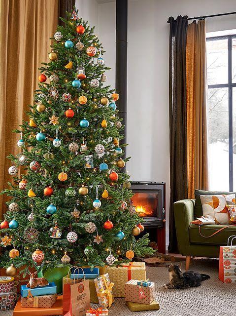 Aubergine Wallsaubergine Wallsscandinavian Vintage Vliestapete Landhaus Tapete Vlies Blau Weiss Grauscandinavian Vin In 2020 Christmas Home Christmas Tree Holiday Decor
