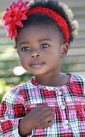 """This cutie is a professional """"baby"""" model and has been in ads for Nordstrom, Kohls, and Carter's! Sooo adorable!"""