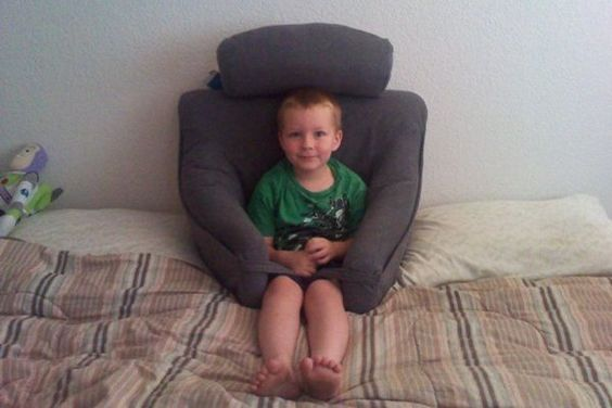 reading pillow beds and kid on pinterest With childrens bed rest pillow with arms