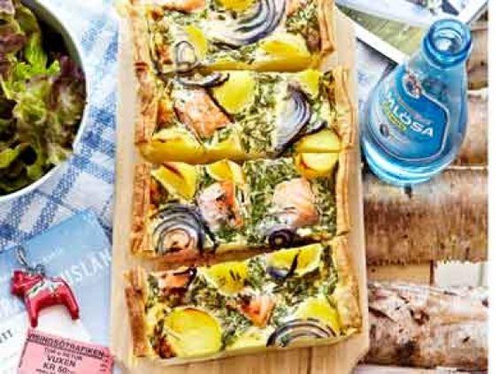 Quiche met zalm, aardappel en verse kruiden - Libelle Lekker!