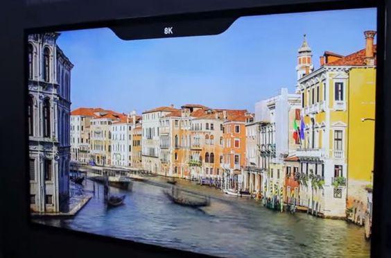 Samsung revela TV com 110 polegadas e resolução 8K