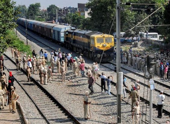 Amritsar train tragedy: SIT panel constituted to probe accident separate magisterial inquiry ordered #INDILIVENEWS #INDIANEWS #NATIONALNEWS