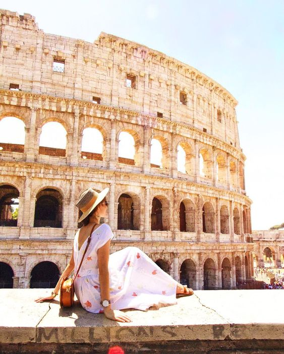 Colosseum | photo by @taramilktea