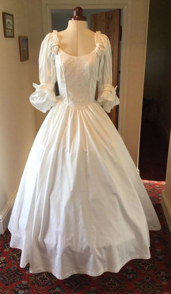 VINTAGE 1980's VICTORIAN STYLE PALE IVORY COTTON WEDDING DRESS BY LAURA ASHLEY | eBay
