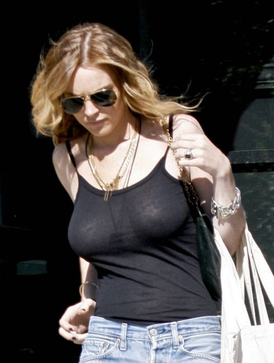 Lindsey Lohan Huge Tits 95