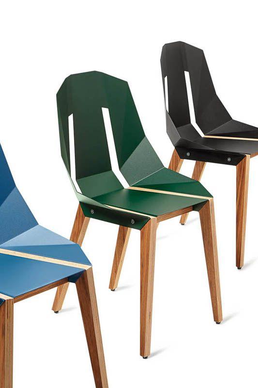 Diago Ein Design Stuhl Von Tabanda Mit Kantiger Alu Sitzschale Und Holzfussen Eine Aufregende Kombination Von Alu Und Hol Beistellstuhl Moderne Stuhle Design