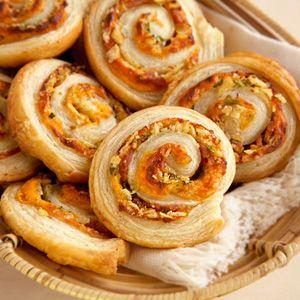 Loaded Potato Chip Spirals-picnic idea....  :)