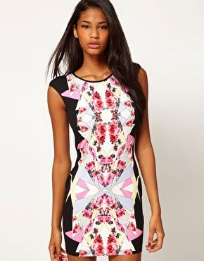Lipsy Tapestry Print Body-Conscious Dress