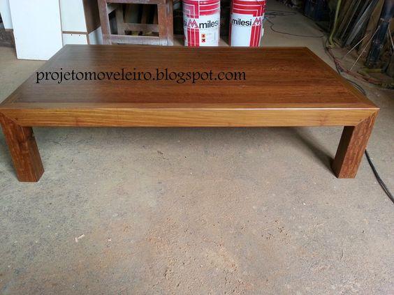 Mesa de centro em madeira maciça demolição Ipê roxo.