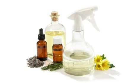 Cleaning the Natural Way - Eucalyptus Oil #SAHM #cleaning