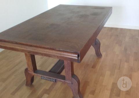 Donne Une Table Bois Massif A Montmorency Val D Oise Ile De France Meubles Me951582186979 Toutdonner Com En 2020 Table Bois Massif Table Bois Table Chene Massif