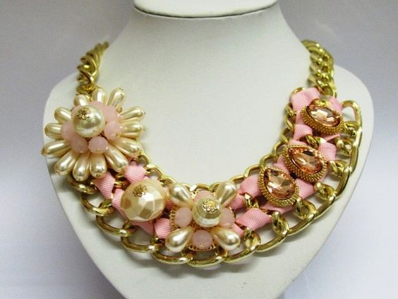 Faux Pearl With Pink Crystal Glass Giant Flower Statement Necklace