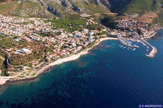 il porto turistico di Cala Gonone