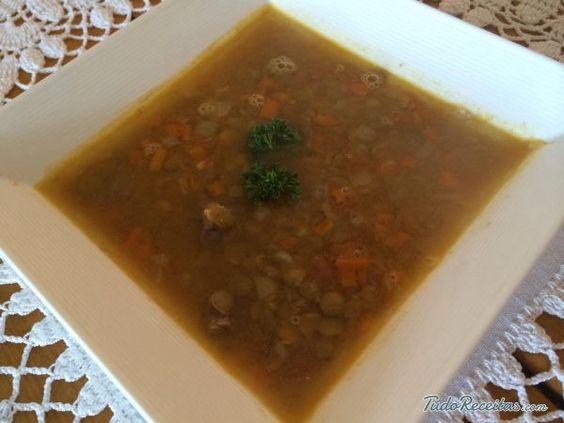 Receita de Sopa de lentilhas e legumes - Fácil - 7 passos                                                                                                                                                                                 Mais