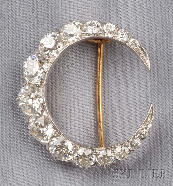 Edwardian Diamond Crescent Brooch, Tiffany & Co., set with old European-cut diamonds, platinum-topped gold mount, approx. total wt. 4.90 cts., lg. 1 1/8 in., signed.
