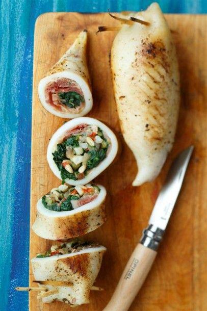 Encornets épinards, jambon et pignons du chef Jeff de Zôdio Caen ! La recette ici : http://blog.zodio.fr/wp-content/uploads/Des-encornets-%C3%A9pinard-jambon-pignons.pdf