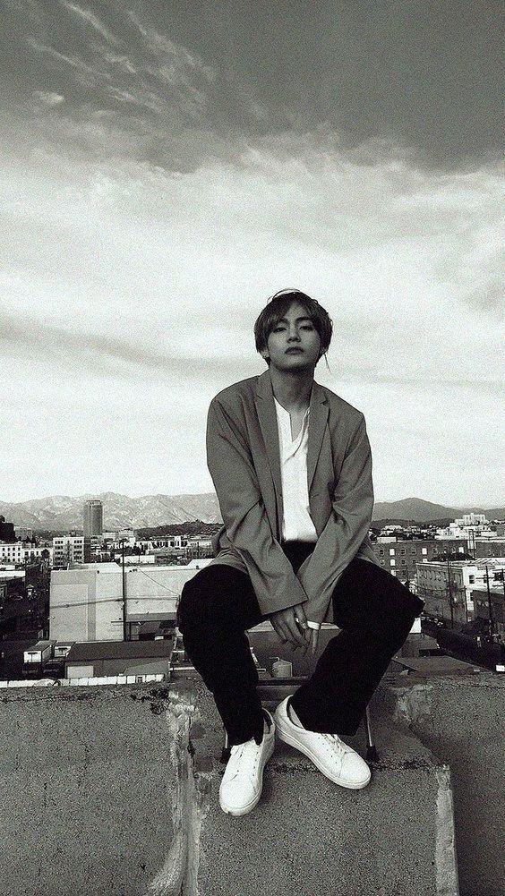 Unforgivable Kth In 2020 Kim Taehyung Wallpaper Taehyung Bts Taehyung