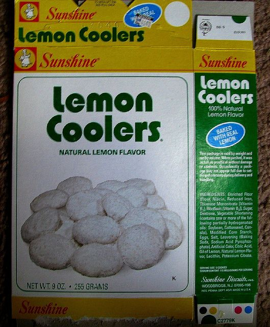 mid 1980s Sunshine Lemon Coolers cookies