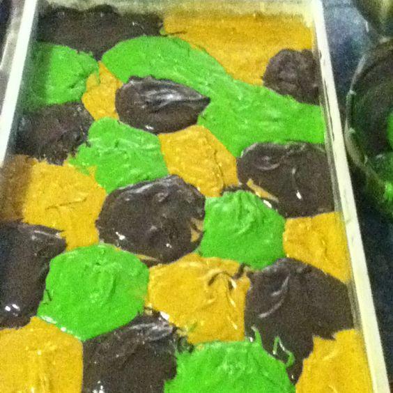 Camo cake batter!!