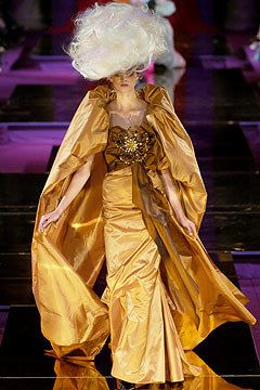 Christian Lacroix Fall 2004 Couture Fashion Show - Kamila Szczawinska