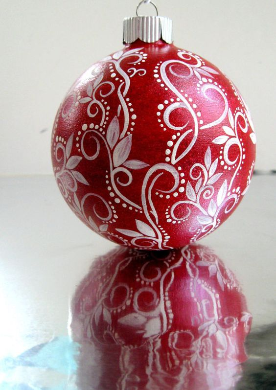 Red and white christmas ornament hand painted glass for White tree red ornaments