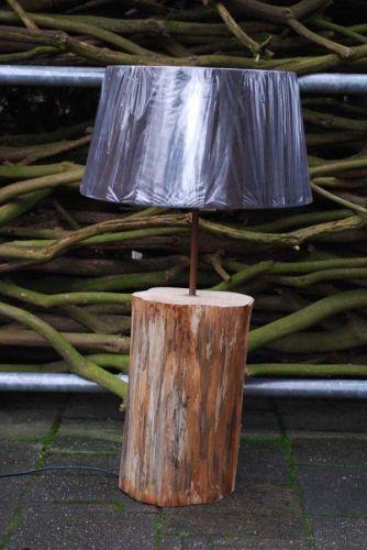 Boomstamlamp --> hoe de boomstam behandelen