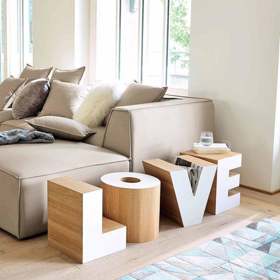Bout de canapé en bois blanc L 121 cm LOVE | Maisons du Monde