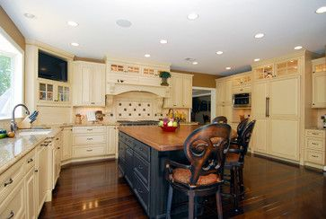 French Country Kitchen Design Ideas, Pictures, Remodel, and Decor - page 16