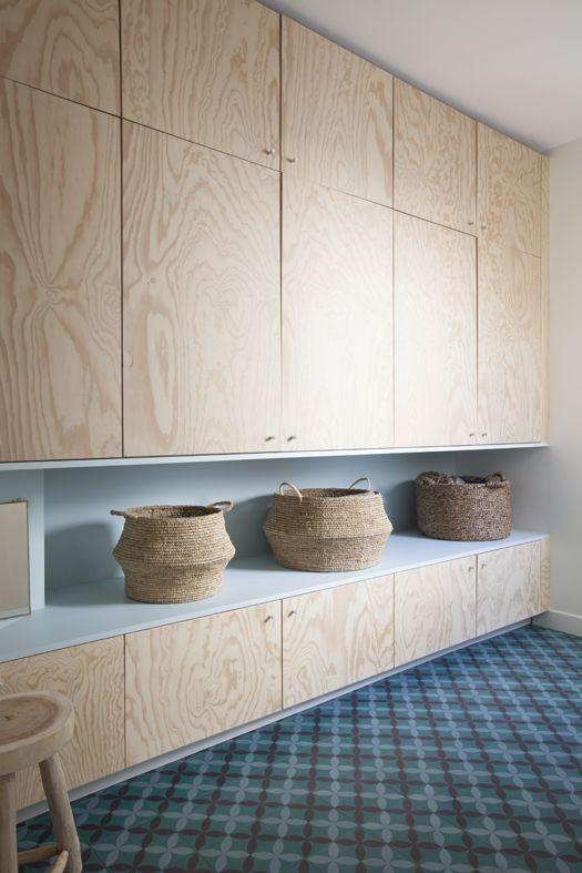 Dressing En Batipin En 2 Parties Dans Un Couloir Archi Design Atelier Premier Etage Architecte Interieur Meuble Rangement Salon Meuble Rangement