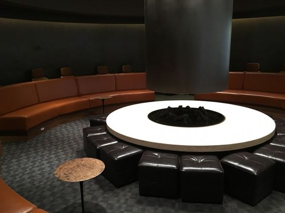 OneWorld Business Lounge Los Angeles LAX review - Everybody Hates A Tourist