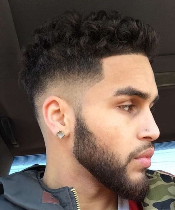 2019 Curly Hairstyles for Men: Guide, Ideas and Pictures