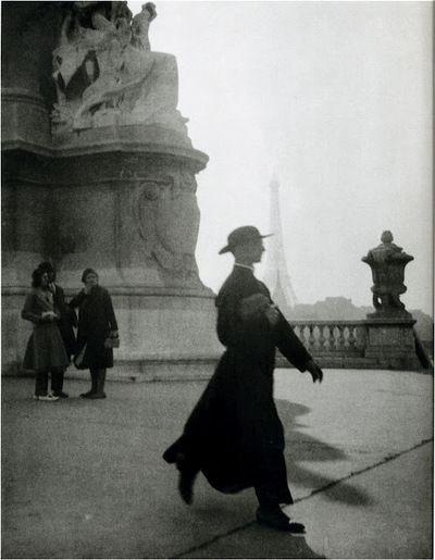 Photo by Jacques-Henri Lartigue. S)