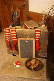 Got an old desk? What a cute way to decorate for Christmas!!