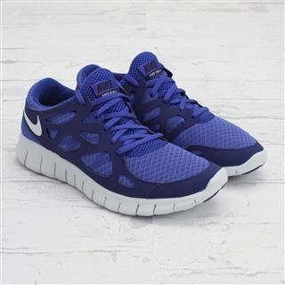 Nike Free Runs 2.0! I want(: