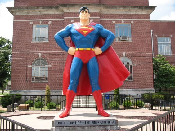 Metropolis, Illinois - Yes, Virginia, there is a Superman and he stands for Truth, Justice, and the American Way. :-): Road Trips, Statue Metropolis, Roadside Attractions, Truth Justice