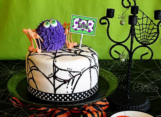 halloween cake made with cake pops inside!!