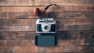 Image copyright                  Thinkstock Image caption                                      La evolución de las cámaras y su incorporación a los smartphones abren un mundo de posibilidades.                                ¿Eres fanático de los selfies? ¿Te pasas el día sacando fotos con tu celular? Tanto si eres devoto de la cámara de tu teléfono inteligente, como si no, quizás te gustará saber que además de sacar fotos, la cám