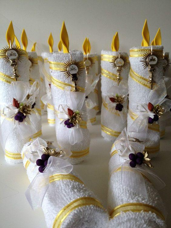 Vela de toalla bautizo primera comunion recuerdo economico - Adornos navidenos con velas ...