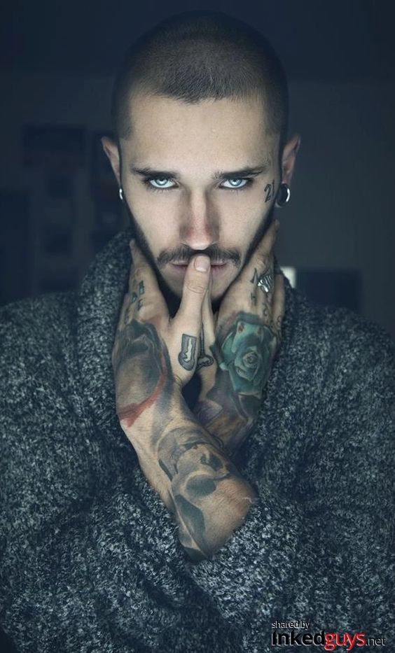 InkedGuys.Net - Guys with Tattoos. Hot Pictures, Sexy Men, Beautiful Tattoos.: