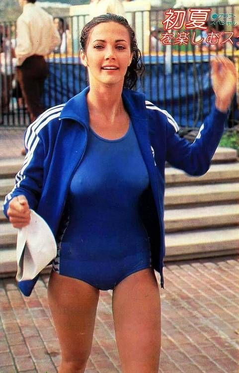 Lynda Carter in her u201cBattle of the Network Starsu201d swimsuit - gesunde küche zum abnehmen