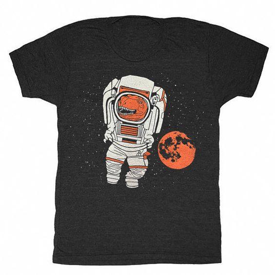 TREX-Astronaut  Unisex: Mens T-shirt Retro von GnomEnterprises