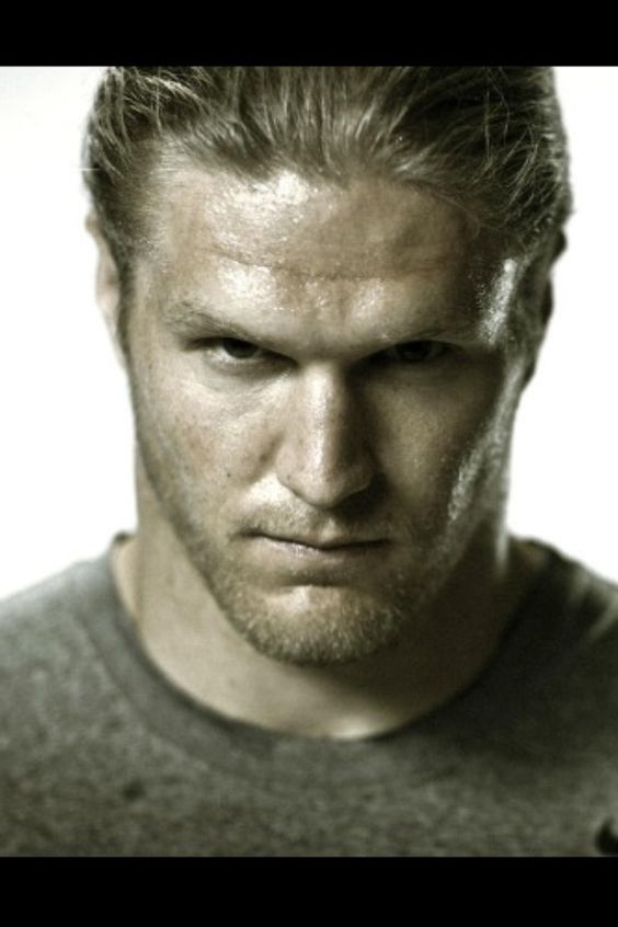 Clay matthews it's just a big awesome face @annielinkenheld