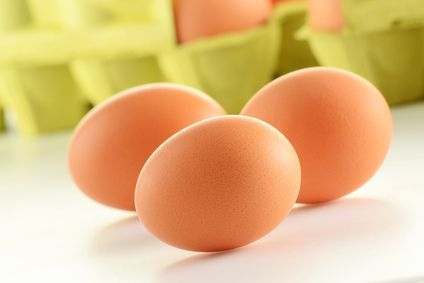 The Health Benefits of Eating Raw Eggs - agelessimpact: