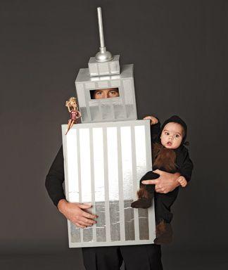 Gracioso disfraz de KingKong para papá y bebé :)