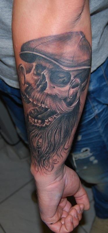 bearded skull tattoo tattoo ideas pinterest totenk pfe totenkopf tattoos und tattoos. Black Bedroom Furniture Sets. Home Design Ideas