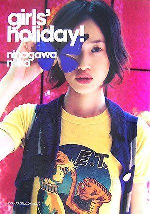 girls holiday! 蜷川 実花, http://www.amazon.co.jp/dp/4757304498/ref=cm_sw_r_pi_dp_18.Frb0912XCH