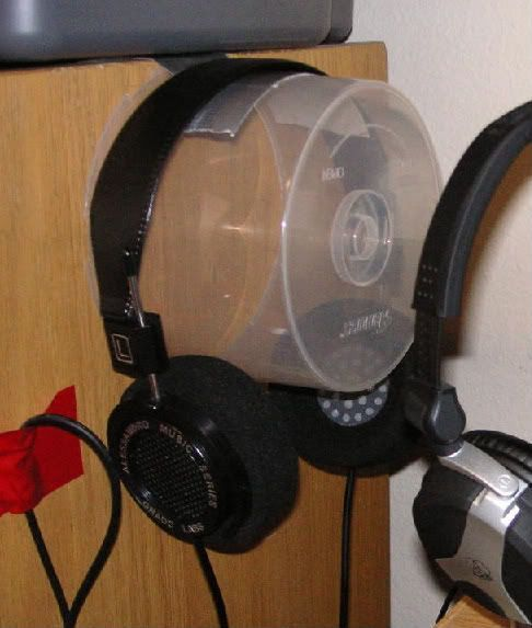 10 Super Creative DIY Headphone Stand Ideas (Some are from