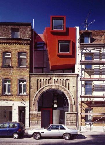 Architects: Manuel Herz Architects - Manuel Herz Location: Cologne, Germany Project Team: Emmanuelle Raoul, Sven Röttger Site Supervision: Martin