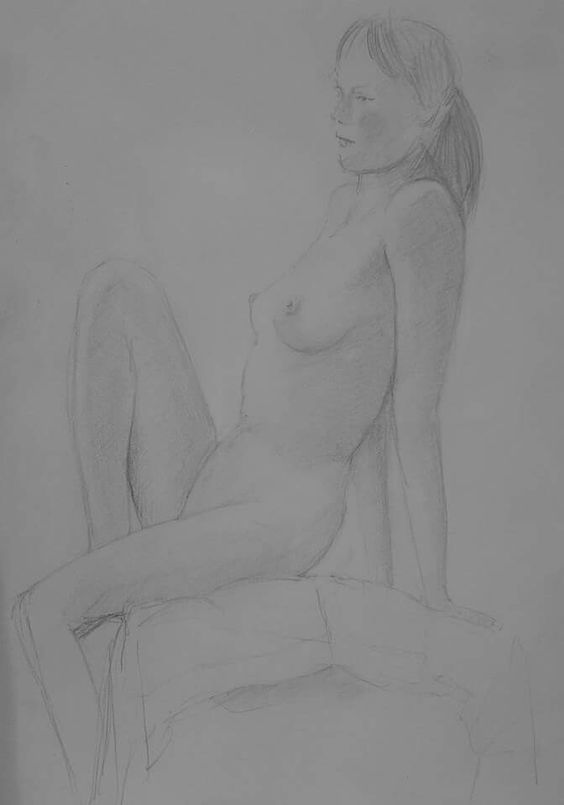 Live figure drawing group sketch.